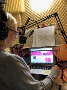 Laura Schreiber Female Voice Over Talent Mermaid